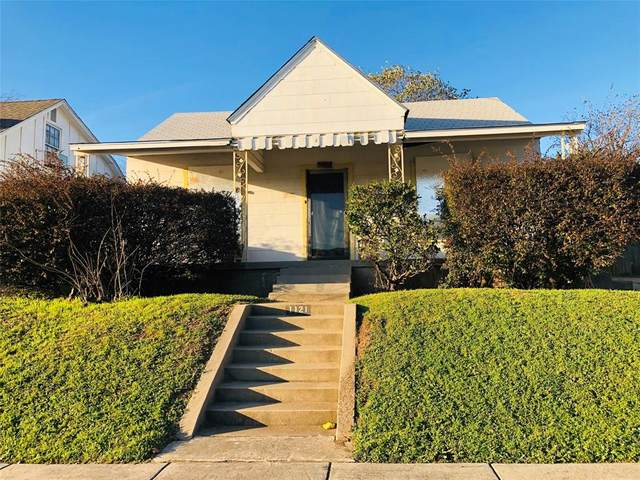 1121 E Morningside Drive, Fort Worth, TX 76104 (MLS #14287100) :: The Heyl Group at Keller Williams
