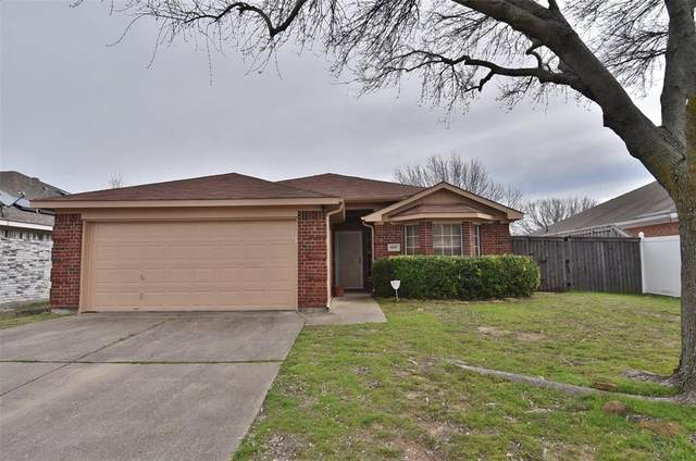 8559 Garden Springs Drive, Fort Worth, TX 76123 (MLS #14287106) :: The Kimberly Davis Group
