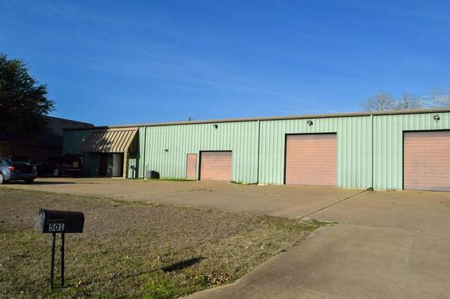 501 Mountain Valley Boulevard, Burleson, TX 76058 (MLS #14287370) :: All Cities Realty