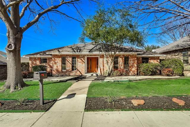 9227 Whitehurst Drive, Dallas, TX 75243 (MLS #14287509) :: The Mitchell Group