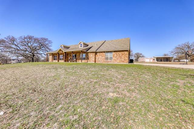 107 Pennington Drive, Azle, TX 76020 (MLS #14287888) :: Baldree Home Team