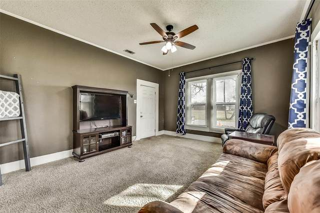 106 NW 1st Street, Kerens, TX 75144 (MLS #14287997) :: Baldree Home Team