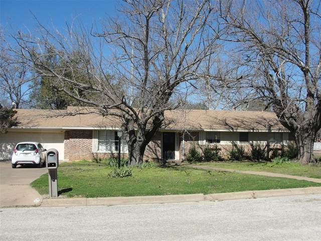 2701 Hilley Drive, Mineral Wells, TX 76067 (MLS #14288079) :: The Chad Smith Team