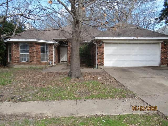 5933 Sundown Drive, Watauga, TX 76148 (MLS #14288389) :: The Heyl Group at Keller Williams