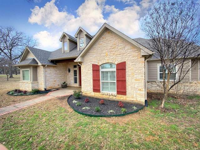 377 Quail Hill Road, Whitesboro, TX 76273 (MLS #14288744) :: The Kimberly Davis Group