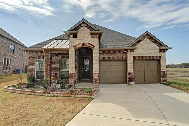 421 Burberry, Grand Prairie, TX 75052 (MLS #14288896) :: The Chad Smith Team