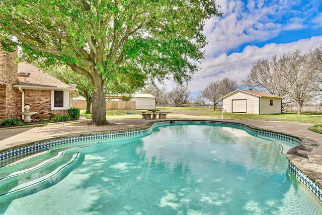 213 Bent Tree Trail, Burleson, TX 76028 (MLS #14288994) :: The Good Home Team