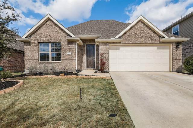 533 Barnstorm Drive, Celina, TX 75009 (MLS #14288996) :: RE/MAX Pinnacle Group REALTORS