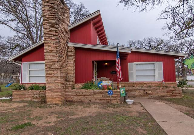 1814 11th, Brownwood, TX 76801 (MLS #14289438) :: Justin Bassett Realty