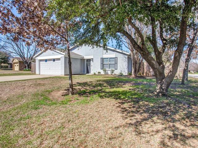 401 Royal Field Drive, Arlington, TX 76011 (MLS #14289708) :: The Good Home Team