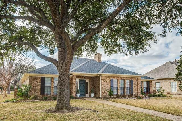 2200 Chadbourne Drive, Plano, TX 75023 (MLS #14289758) :: HergGroup Dallas-Fort Worth
