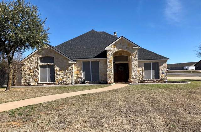 1401 Westwood Court, Stephenville, TX 76401 (MLS #14289948) :: The Kimberly Davis Group