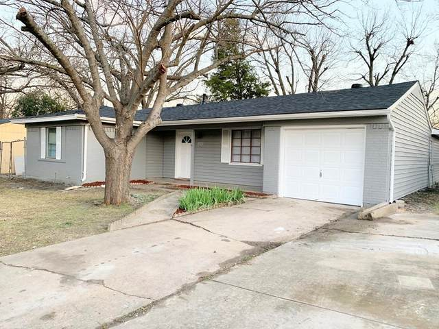 2122 Hedgerow Street, Arlington, TX 76010 (MLS #14290415) :: The Heyl Group at Keller Williams