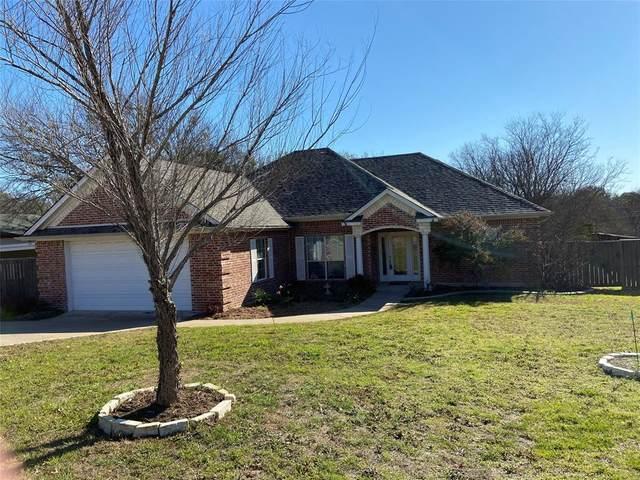 3911 Sunset Court, Granbury, TX 76049 (MLS #14290921) :: The Heyl Group at Keller Williams
