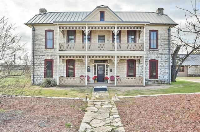 703 Spring Street, Granbury, TX 76048 (MLS #14291018) :: The Heyl Group at Keller Williams
