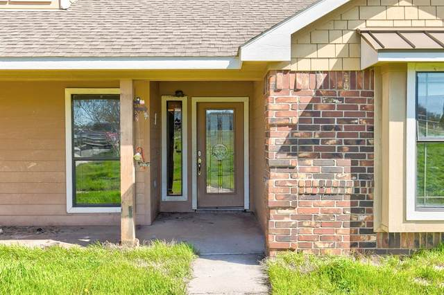 4017 Midway Road, Weatherford, TX 76085 (MLS #14291781) :: All Cities Realty