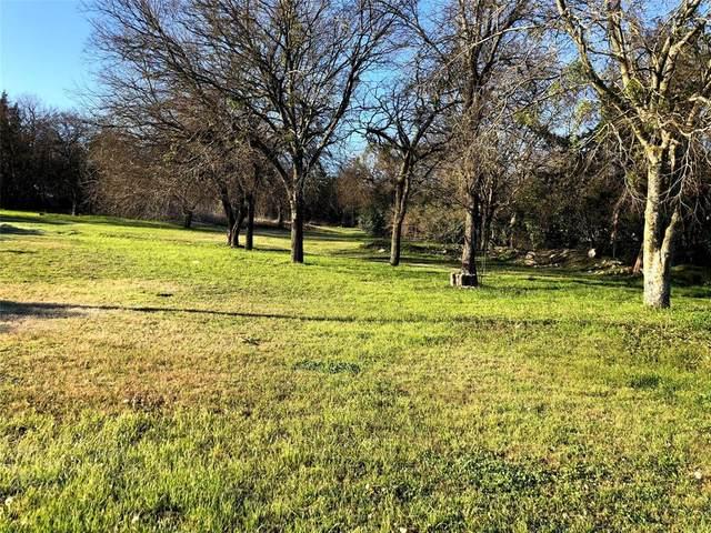 957 E Ovilla Road, Red Oak, TX 75154 (MLS #14291874) :: Century 21 Judge Fite Company