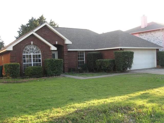917 Clover Hill Lane, Cedar Hill, TX 75104 (MLS #14292238) :: Century 21 Judge Fite Company