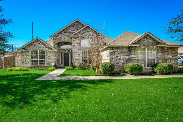 1209 NW Renfro Street, Burleson, TX 76028 (MLS #14292788) :: The Mitchell Group