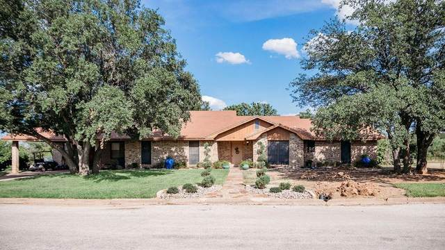 102 Medina Court, Breckenridge, TX 76424 (MLS #14293432) :: The Kimberly Davis Group