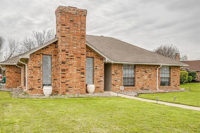 821 Rosehill Lane, Cedar Hill, TX 75104 (MLS #14296712) :: The Chad Smith Team