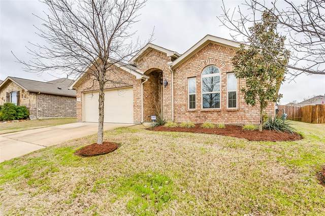 332 Pin Cushion Trail, Burleson, TX 76028 (MLS #14297373) :: The Mitchell Group