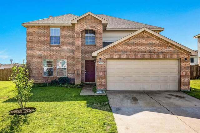 1201 Saltgrass Drive, Crowley, TX 76036 (MLS #14298356) :: The Mitchell Group