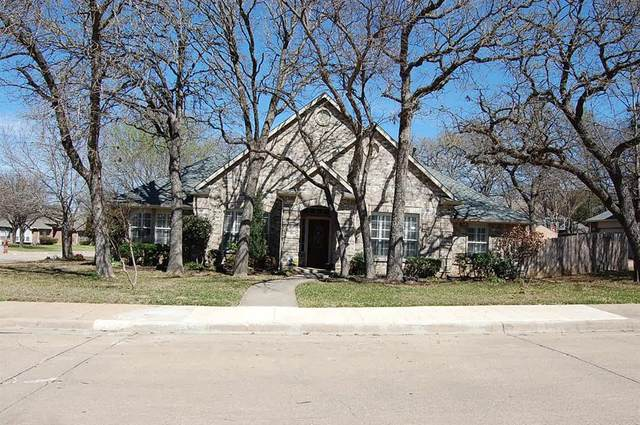 709 Red Oak, Crowley, TX 76036 (MLS #14298828) :: The Mitchell Group