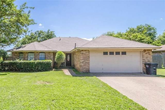 1114 Murry Drive N, Cleburne, TX 76033 (MLS #14299372) :: The Rhodes Team
