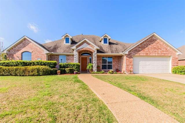 125 Aspenwood Trail, Forney, TX 75126 (MLS #14299401) :: The Kimberly Davis Group
