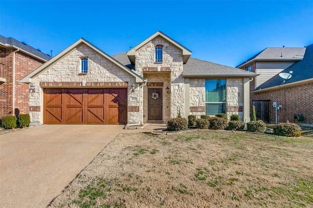 909 Lighthouse Lane, Savannah, TX 76227 (MLS #14300450) :: Real Estate By Design
