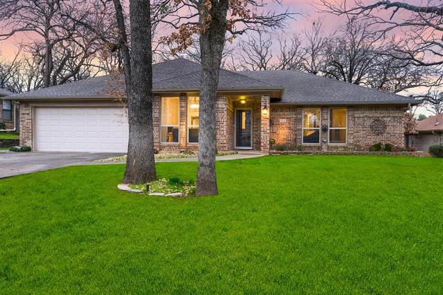 317 Heneretta Drive, Hurst, TX 76054 (MLS #14300635) :: The Mitchell Group