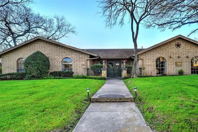 1800 Jamaica Lane, Sherman, TX 75092 (MLS #14300643) :: RE/MAX Landmark
