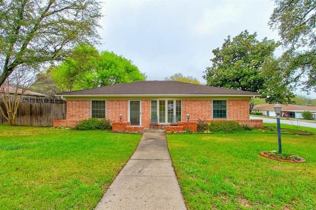 9700 Leland Lane, Benbrook, TX 76126 (MLS #14300757) :: Potts Realty Group