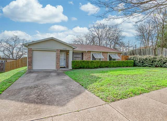 1721 Nueces Drive, Garland, TX 75040 (MLS #14301533) :: All Cities USA Realty
