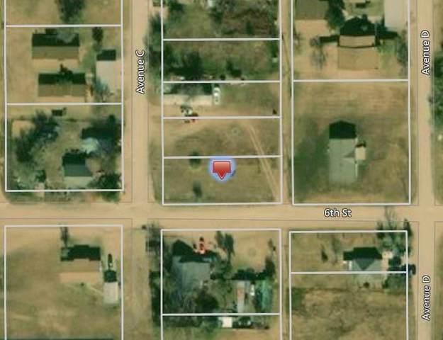303 6th Street, Lorenzo, TX 79343 (MLS #14301832) :: Jones-Papadopoulos & Co