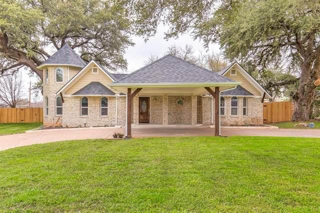 614 Aqua Vista Drive, Granbury, TX 76049 (MLS #14301885) :: The Chad Smith Team