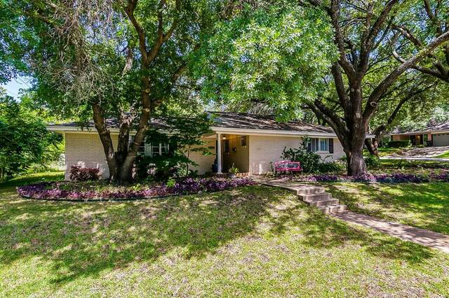 1809 Versailles Road, Fort Worth, TX 76116 (MLS #14302106) :: The Mitchell Group
