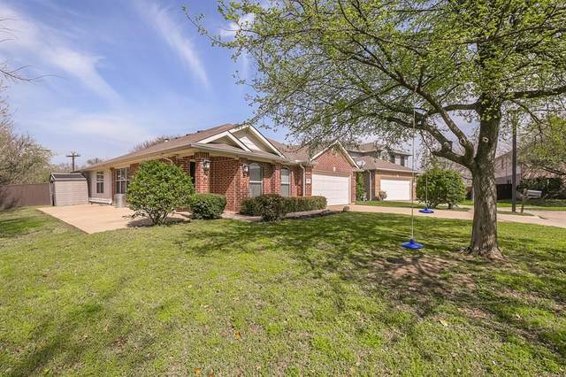 1004 Goldeneye, Aubrey, TX 76227 (MLS #14302362) :: Real Estate By Design