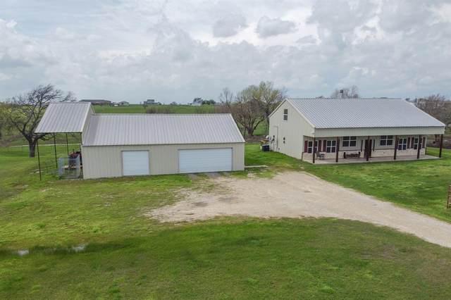 2357 S Branch Road, Krum, TX 76249 (MLS #14302552) :: The Mauelshagen Group