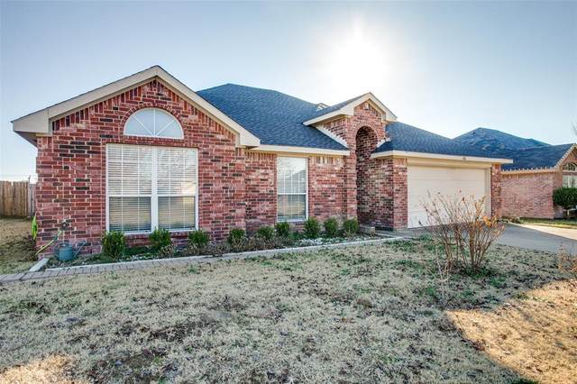 116 Chesterfield Circle, Waxahachie, TX 75165 (MLS #14302555) :: The Chad Smith Team