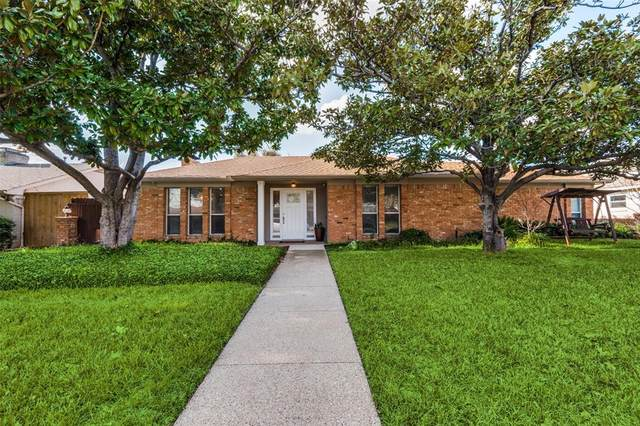 3923 Clubway Lane, Farmers Branch, TX 75244 (MLS #14302866) :: The Kimberly Davis Group