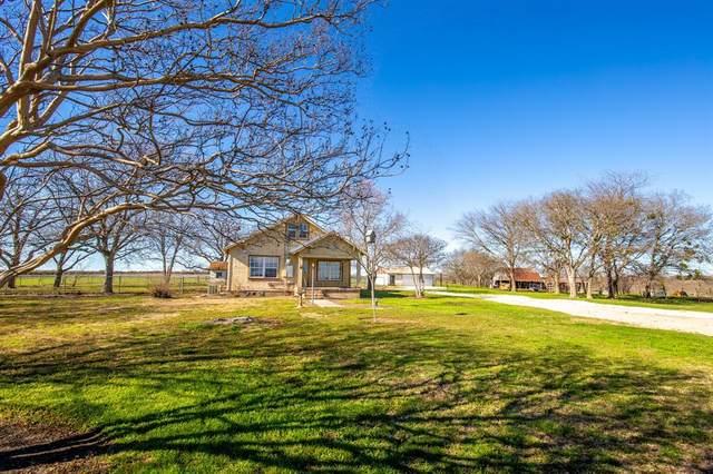 422 County Road 3425, Clifton, TX 76634 (MLS #14302936) :: The Kimberly Davis Group