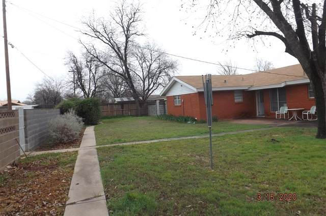 922 W Lake Drive, Hamlin, TX 79520 (MLS #14304737) :: The Mitchell Group