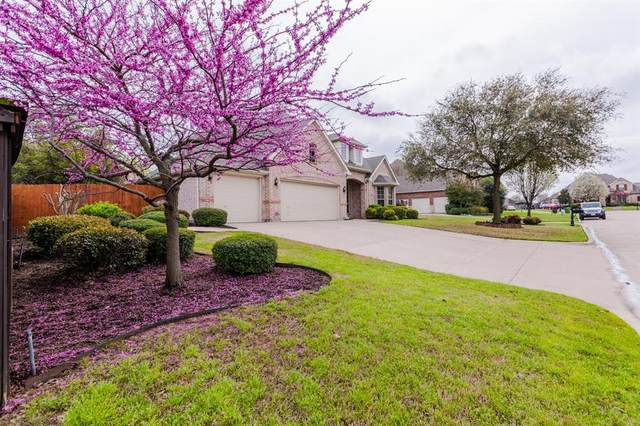 1208 Northglen Court, Mansfield, TX 76063 (MLS #14305136) :: The Hornburg Real Estate Group