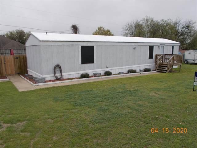 709 Whippoorwill Drive, Granbury, TX 76049 (MLS #14305556) :: RE/MAX Landmark