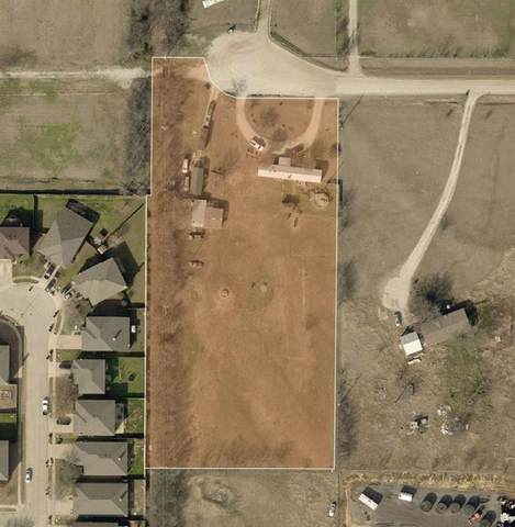 17326 Gaffield Road, Justin, TX 76247 (MLS #14305891) :: Real Estate By Design