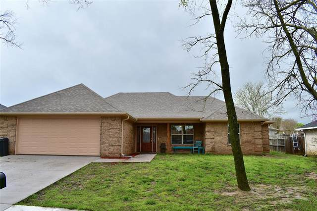 1877 Woodbridge Drive, Sulphur Springs, TX 75482 (MLS #14306017) :: The Kimberly Davis Group