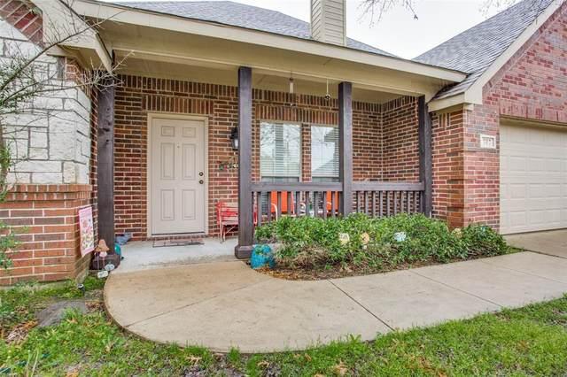707 Dove Ridge, Sanger, TX 76266 (MLS #14306052) :: HergGroup Dallas-Fort Worth