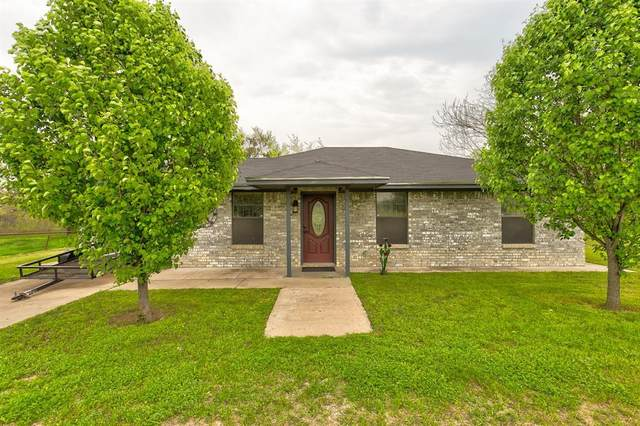 201 Shotgun Lane, Millsap, TX 76066 (MLS #14306382) :: Ann Carr Real Estate